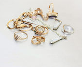 Pile of gold jewelry — Stock Photo