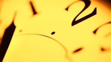 Relógio velho — Vídeo Stock