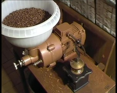Milling coffee conceptual — Stock Video