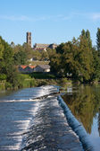 Banks of the Vienne river in Limoges, France — Stock fotografie