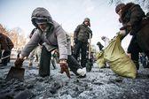Armistice, ceasefire, Euromaidan, construction barricade, Grushevskogo — Stock Photo