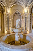Beautiful fountain inside Monserrate in Sintra. Portugal — Stock Photo