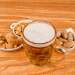 Tankard of beer and snacks — Stock Photo #22434577
