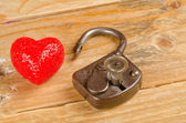 Lock and key to a heart — Stock Photo