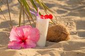 Coconut smoothie — Stock Photo