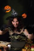 Ведьма, делая магии — Стоковое фото