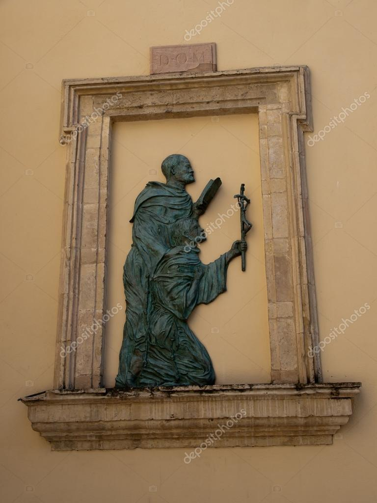 Relief at the church of  Santa Maria Maggiore in Assisi  — Stockfoto #13215456