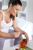 Pregnancy with tea — Stock Photo
