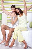 Happy couple with pregnancy test — Stock Photo