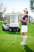 Frau golf spielen — Stockfoto