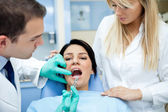 Dentist giving anesthesia — Stock Photo