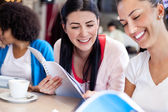 Two teenagers studying together — Stock Photo