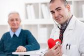 Wesoły kardiolog — Zdjęcie stockowe