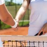 Handshake at a tennis match — Stock Photo