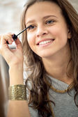 Teen girl with mascara — Stock Photo