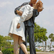 Unconditional Surrender statue in Sarasota, Florida - Стоковая фотография