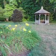 Flowers and gazebo on a college campus in Indiana — Foto Stock