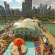 Aerial view of Navy Pier and the Chicago, Illinois skyline — Zdjęcie stockowe
