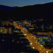 Aerial night view of the main road through Gatlinburg, Tennessee — Stok fotoğraf
