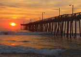 Sunrise by a fishing pier in North Carolina — Stock Photo