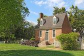 A small brick building in Colonial Williamsburg, Virginia — Stock Photo