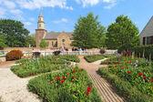 Gardens at Colonial Williamsburg in front of Bruton Parish Churc — Stock Photo