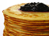 Heap of pancakes with home-made jam macro — Stock Photo