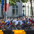 The Peloton in Paris — Stock Photo #11871947