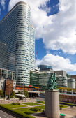 Teh Statue of La Defense de Paris — Stock Photo