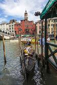 Gondola Near the Rialto Bridge — Stock Photo
