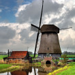 Traditional Dutch Windmill — Stock Photo