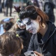 Face Painter — Stock Photo