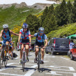 Amateur Cyclists in Pyrenees Mountains — Stock Photo