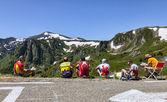 Col de pailheres üzerinde amatör bisikletçi — Stok fotoğraf