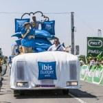 Ibis Budget Truck — Stock Photo #33949321