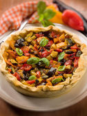 Quiche with mixed vegetables, selective focus — Stock Photo