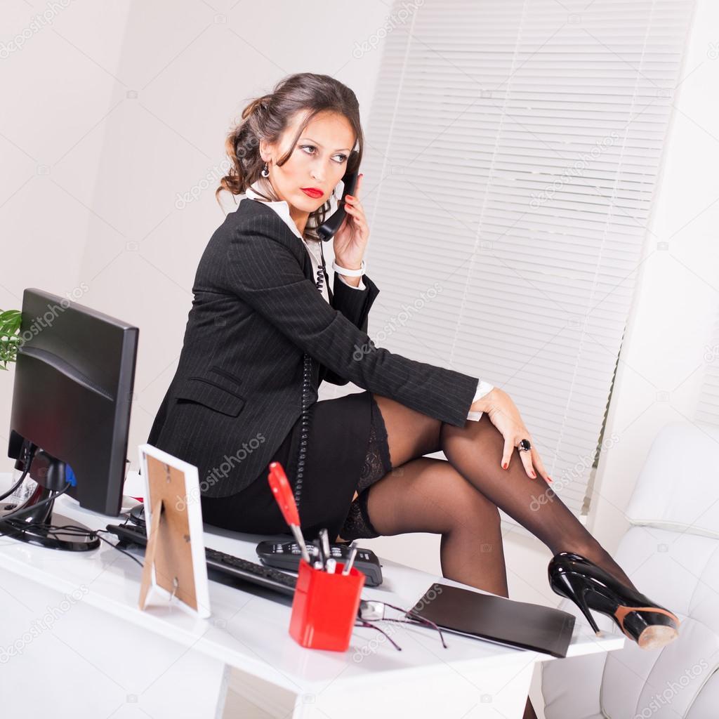 Сексуальная деловая женщина 20 фотография