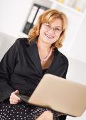 シニア女性実業家 — ストック写真