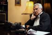 Wistful Retro Senior Man writer — Stock Photo