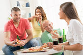 Friends enjoying time together — Stock Photo