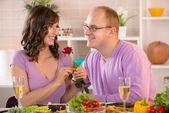 Casal jantando — Foto Stock