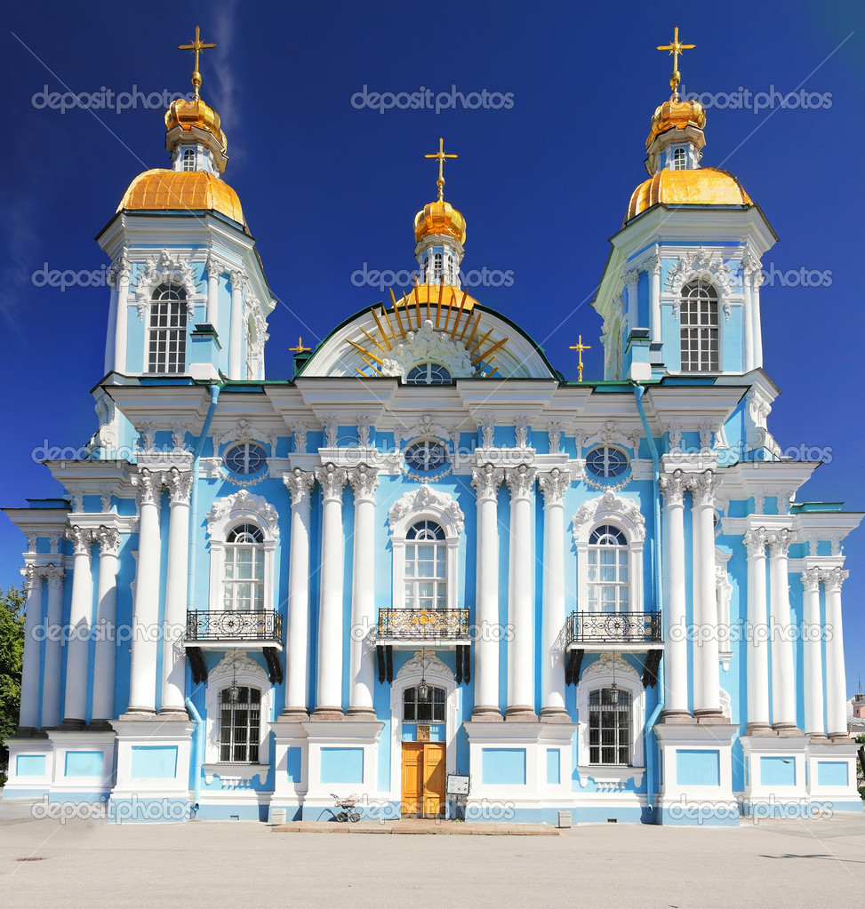 St. Nicholas Naval Cathedral . St. Petersburg. Russia — Stock Photo #12390371