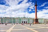 Ver o palácio de inverno em são petersburgo. rússia. — Foto Stock