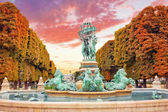 Luxembourg Garden in Paris,Fontaine de lObservatoir.Paris. — Stock Photo