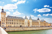 Castle Conciergerie and bridge, Paris, France. — Stock Photo