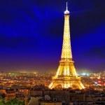 PARIS - SEPTEMBER 20: Light Performance Show on September 20, 20 — Stock Photo