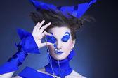 женщина в голубом — Стоковое фото