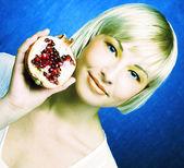 Portret van jonge dame — Stockfoto
