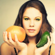 Stockfoto: Womwith fruits