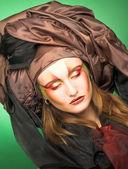 портрет молодой леди — Стоковое фото